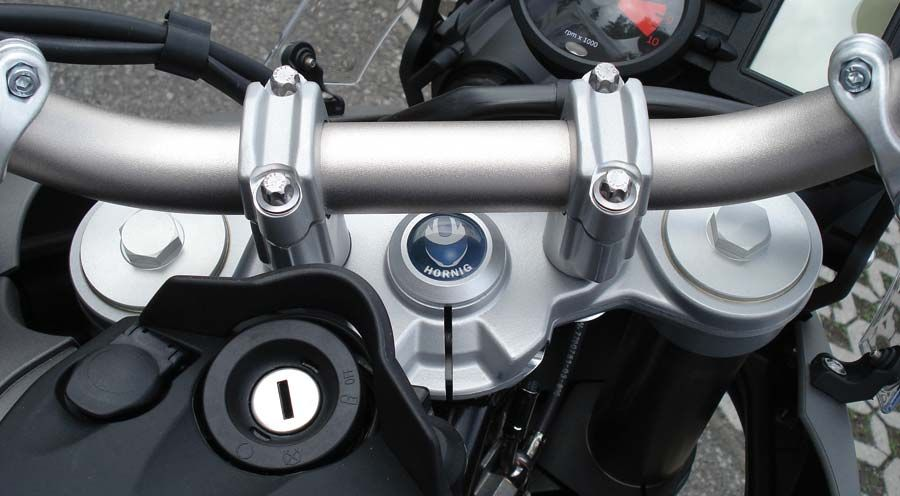 BMW F800R Tapa central